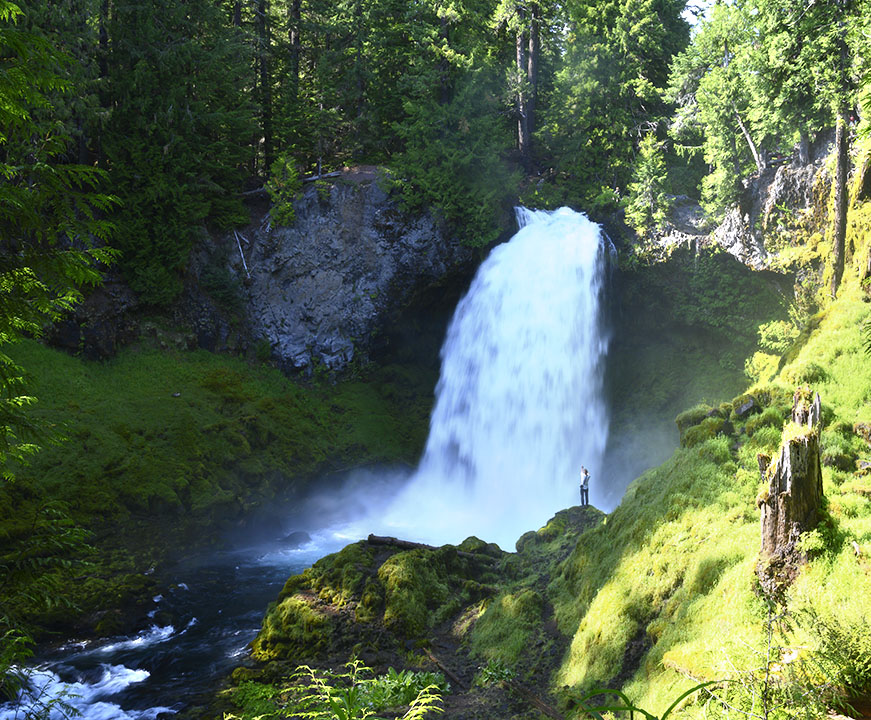 Sahalie falls on the McKenzie River in Oregon